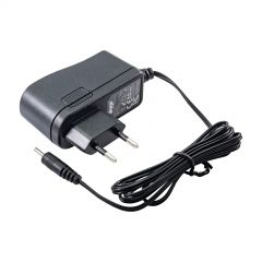 Universal power adapter Akyga AK-TB-01 5.0V / 2.0A 10W 2.5 x 0.7 mm 1.5m